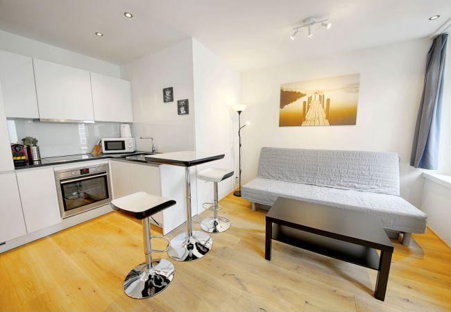 in Luzern - LU Mozart III - City HITrental Apartment