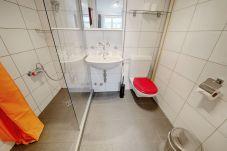 Ferienwohnung in Zürich - ZH Bordeaux - Letzigrund HITrental Apartment