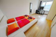 Appartement à Zürich - ZH Chestnut - Letzigrund HITrental Apartment