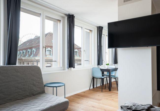 Basel - Estúdio
