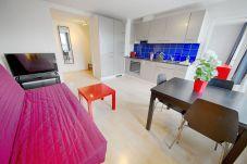 Apartment in Zürich - ZH White - Letzigrund HITrental Apartment