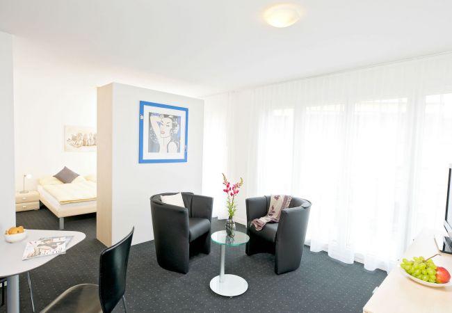 in Cham - ZG Jasmine I - Zugersee HITrental Apartment